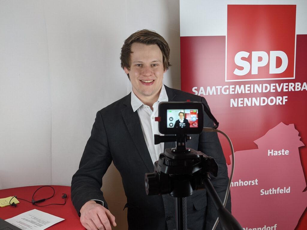 Foto von der Aufstellungskonferenz vom Kandidaten Bendix Bock